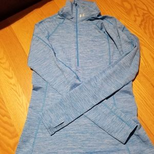 Under armour long sleeve top size S/M